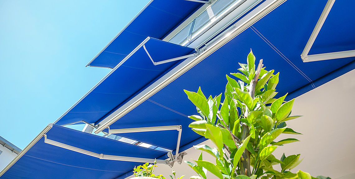 Open awnings - SIGMA S7000 | Sun Protection and Weather Protection with STOBAG