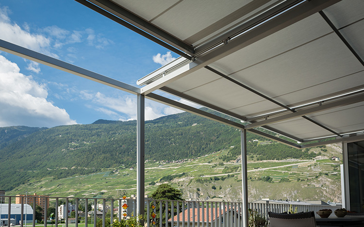 Conservatory shading AIROMATIC PS4000 by STOBAG
